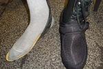 Monsieur avec pieds extra fins et atèles, de 2 pointures différentes